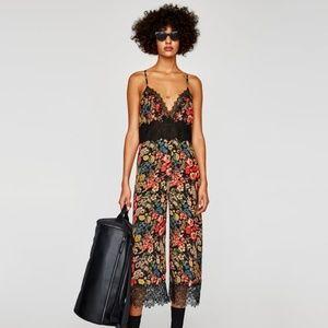 NWT Zara Size XS Floral Lace Romper